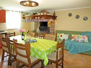 Ferienhaus Pican 132S, Holiday homes  Potpićan - big - 15