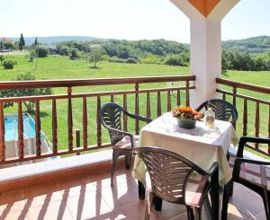 Villa Helena 131S, Holiday homes  Potpićan - big - 13