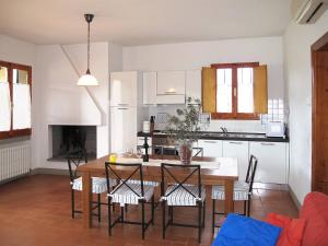 Le Coste (151), Holiday homes  Troghi - big - 5