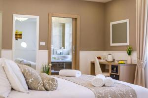 Dimora Peninsula Luxury Rooms, Zara