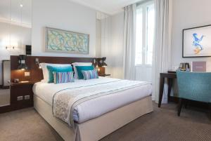 Deluxe Double Room with 1 Extra Bed