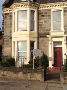 Ferry Guest House in Dundee, Angus, Scotland