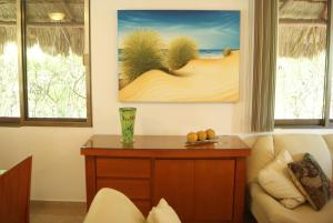 Three Bedroom Home - Walk to Beach & Pool, Nyaralók  Playa del Carmen - big - 22