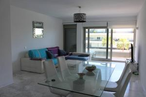 Royal Beach Luxury Apartments, Apartments  Ibiza Town - big - 11