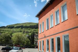 Becar Pyramid Rooms, Bed & Breakfasts  Visoko - big - 46