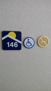Queen Room - Disability Access/Non-Smoking