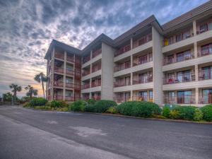 Beach and Tennis Admirals Row 412 - Two Bedroom Condominium, Apartmány  Hilton Head Island - big - 4