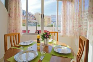 Holiday Apartment Apolo III, Apartmány  Calpe - big - 12
