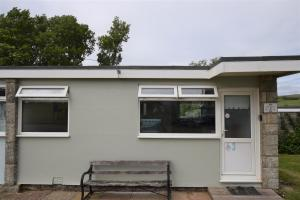 3 Sandown Bay Holiday Centre, Horské chaty  Sandown - big - 1