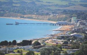 3 Sandown Bay Holiday Centre, Horské chaty  Sandown - big - 11
