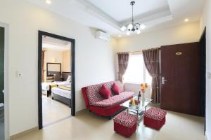 Hilary Hotel, Hotels  Da Nang - big - 7