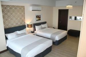 CSuites at Two Central Residences, Residence  Manila - big - 33