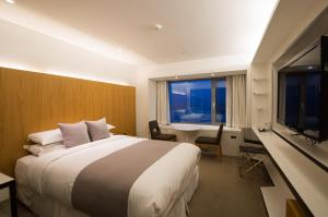 Club Double Room with Mountain View