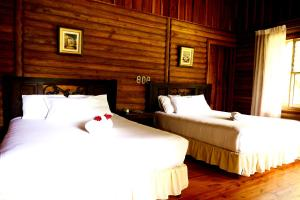 Junior Suite Wood Cabin