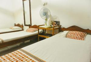 Mama Homestay Kauman, Homestays  Solo - big - 1