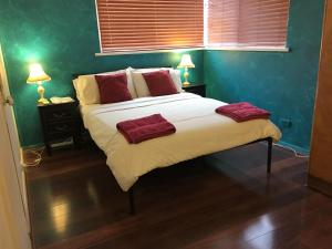 Perth Stadium Lodge, Homestays  Perth - big - 6