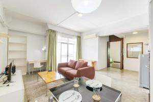 Collection Place By Favstay, Apartments  Bangkok - big - 3