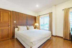 The Boonareya Court By Favstay, Apartmány  Bangkok - big - 1
