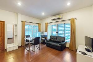The Boonareya Court By Favstay, Apartmány  Bangkok - big - 16