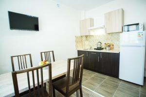 Apartments on Leva st., Appartamenti  Berehove - big - 5