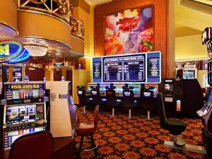 Par-A-Dice Hotel & Casino, Hotely  Peoria - big - 20