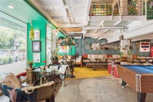 Saladaeng Gallery Hostel By Favstay, Apartmány  Bangkok - big - 19