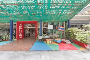 Saladaeng Gallery Hostel By Favstay, Apartmanok  Bangkok - big - 21
