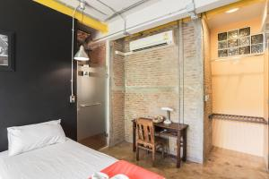 Saladaeng Gallery Hostel By Favstay, Apartmány  Bangkok - big - 12