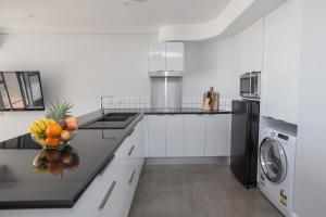 301 Royal Harbour, Apartmány  Cairns - big - 3