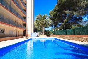 UHC Fluromar, Apartments  Salou - big - 1