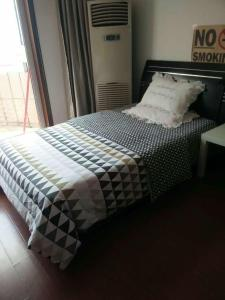 Suzhou Amusement Land Family Apartment, Apartments  Suzhou - big - 23