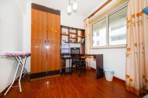 Suzhou Amusement Land Family Apartment, Apartments  Suzhou - big - 41