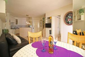 Holiday Apartment Oceanic, Apartmanok  Calpe - big - 9