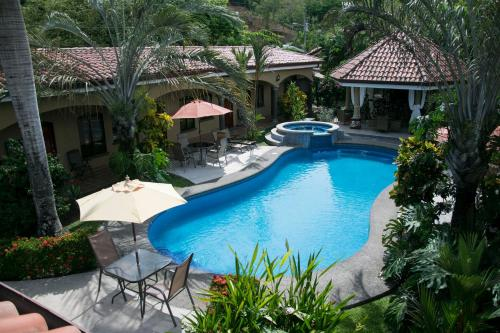 Las Brisas Resort and Villas Photo