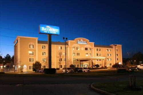 Baymont Inn and Suites - Hattiesburg