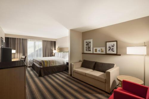 Country Inn & Suites By Carlson Indianola IA - Indianola, IA 50125
