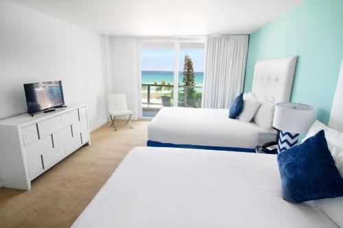 Seacoast Suites on Miami Beach Photo