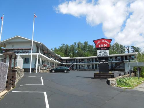 Hotel The Lake George Inn 1