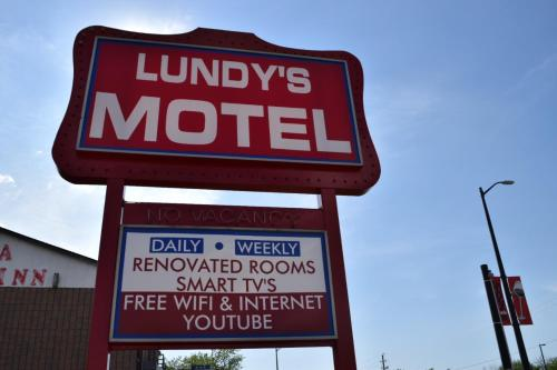 Lundy's Motel Photo
