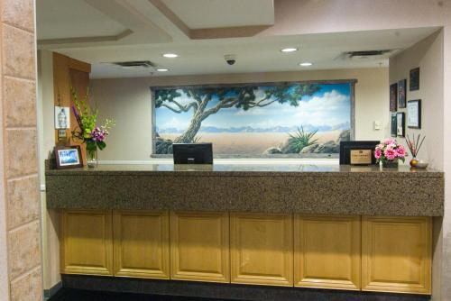 Best Western Plus Sunrise Inn Photo