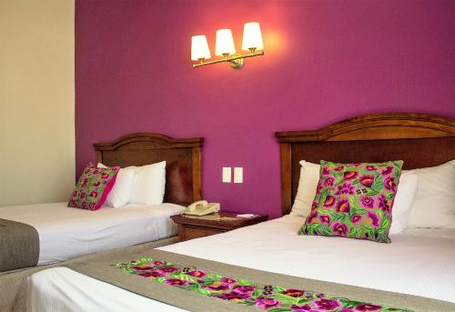 Hotel Plaza Campeche Photo