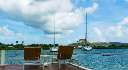 Waterfront Limestone Apartment & spa Curacao, Willemstad