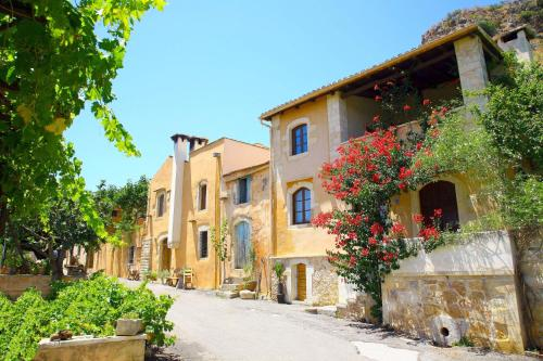 Kamares Houses in chania - 0 star hotel