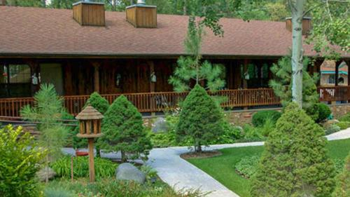 Shadow Mountain Lodge and Cabins Photo