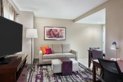 Homewood Suites by Hilton Orlando-UCF Area photo 22