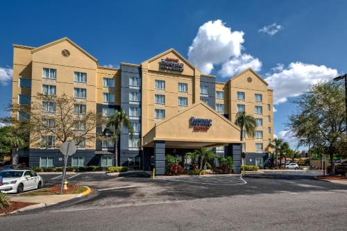 Fairfield Inn and Suites by Marriott Orlando Near Universal Orlando photo 17