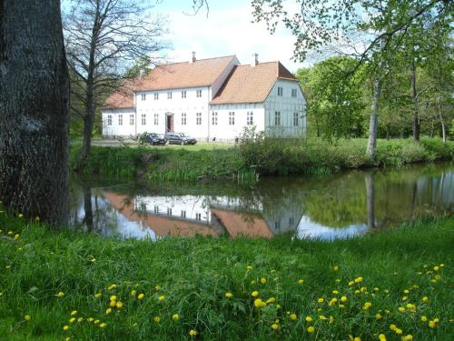 Lerb&aelig;k Hovedg&aring;rd