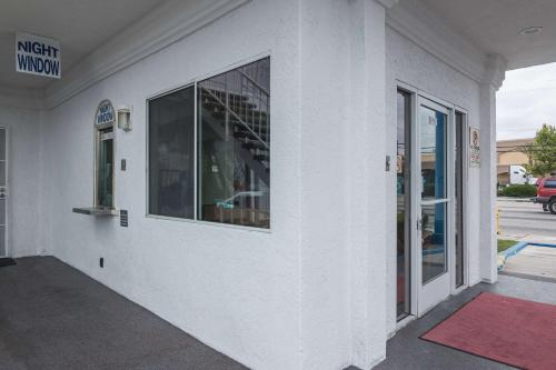 Motel 6 Norwalk - Norwalk, CA 90650