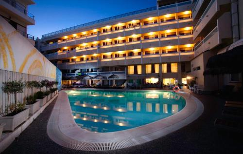 Continental Hotel Apartments - 8, Agiou Ioannou str. Greece