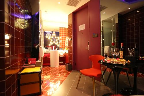 90 Qing She Boutique Hotel Sanlitun Branch photo 6